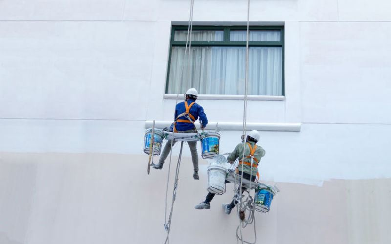 The difference between commercial and industrial painting for Industrial painting service